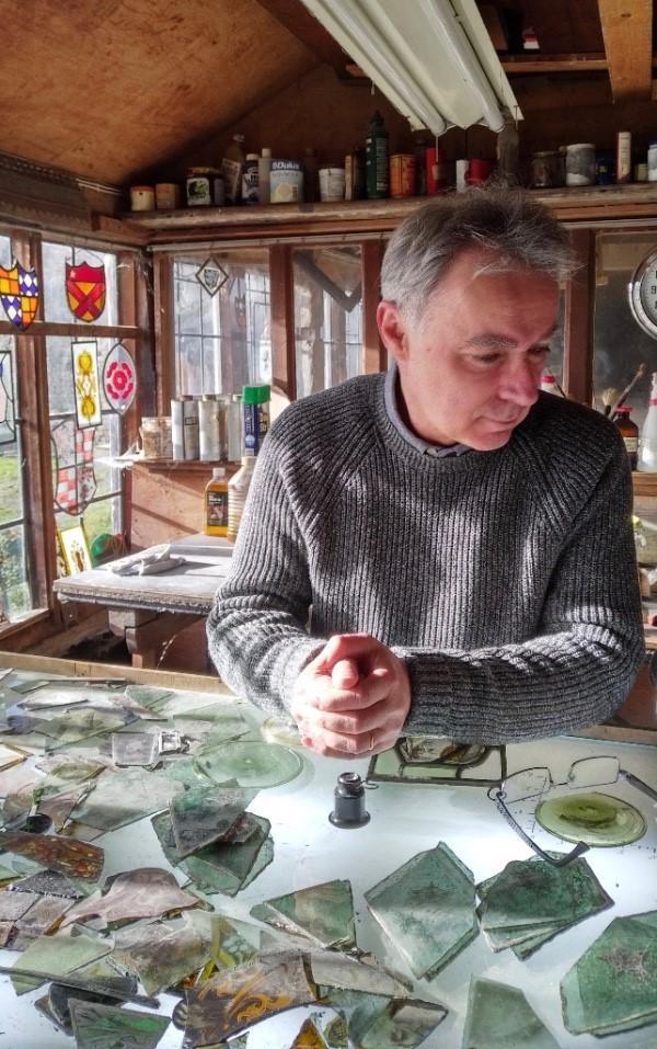 CROOKE, Jonathan. photo of artist. Ilkley Gazette